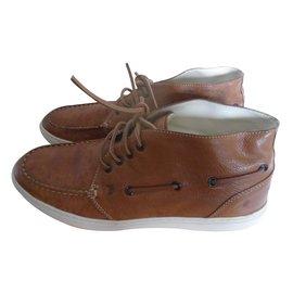 Tod's-Boots-Caramel