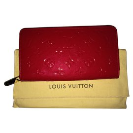 Louis Vuitton-Portefeuille Zippy-Rouge