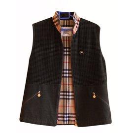 Burberry-Jackets-Khaki