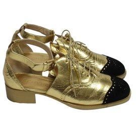 Chanel-Golden brogue-Golden
