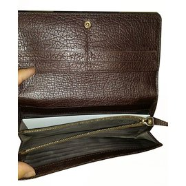 Céline-Wallets-Brown