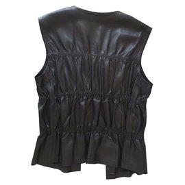 Gucci-Vestes-Noir