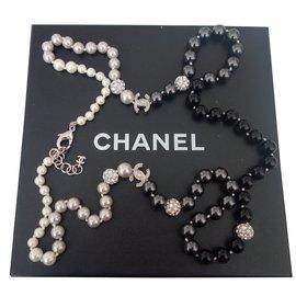 Chanel-SAUTOIR CHANEL PERLES ET STRASS SWAROVSKI-Noir ... cb0e09d52bc