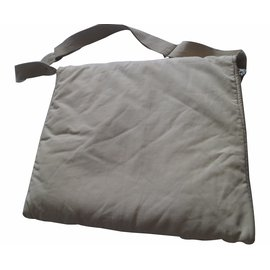 Burberry-Taschen-Beige