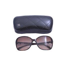 Chanel-Lunettes-Marron