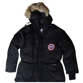 Canada Goose-Coats Outerwear-Black