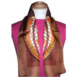 Hermès-GRANDE TENUE-Multicolore