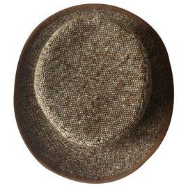 Chanel-Chapeau-Noisette