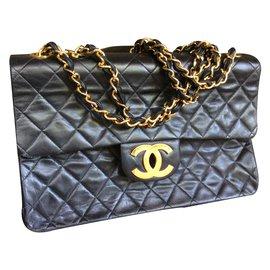 Chanel-Jumbo-Noir