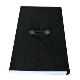 Chanel-Notepad-Black