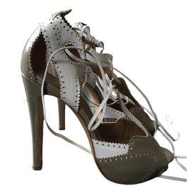 Hermès-Sandales-Beige