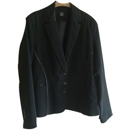 Eva Kayan-Tailleur jupe neuf-Noir