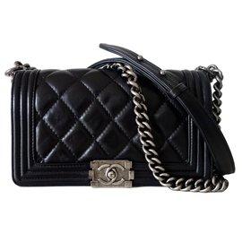 cdf7cd805f33 Chanel-Sac chanel boy medium cuir noir-Noir ...