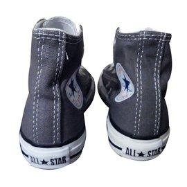 Converse-Sneakers-Grey