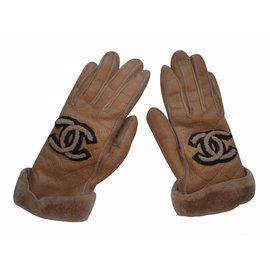 Chanel-Gloves-Brown