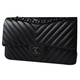 Chanel-Timeless So Black-Black