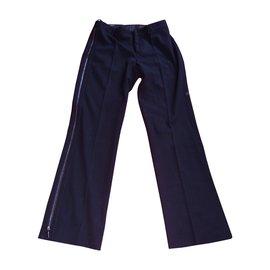 Gucci-Pantalon droit très souple de chez Gucci avec zip métal sur le coté-Noir