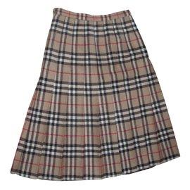 Burberry-Skirt-Brown