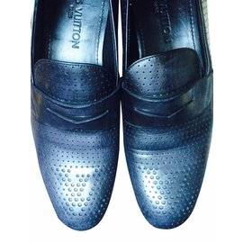 0826025428 Second hand Luxury and designer for men - Joli Closet