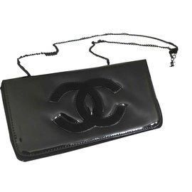 Chanel-Chanel clutch-Black