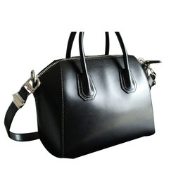 Givenchy-Handbag-Black