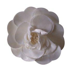 Chanel-Pin & brooche-White
