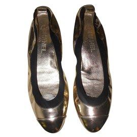 Chanel-BALLET FLATS-Golden