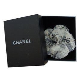Chanel-Camelia tweed brooch-Cream