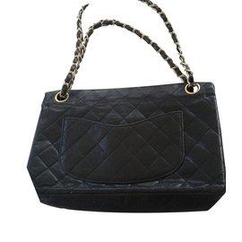 Chanel-2.55-Black