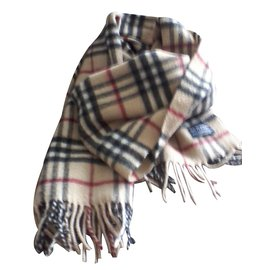 Burberry-Scarf-White