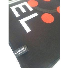 Chanel-Sarong-Black