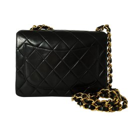 Chanel-Mini Timeless-Black