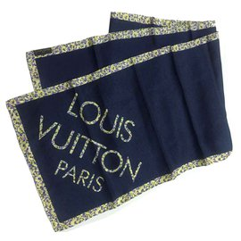 Louis Vuitton-Carré-Noir