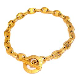 Céline-Necklace-Golden