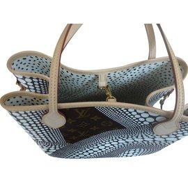 Louis Vuitton-Handbag-Multiple colors