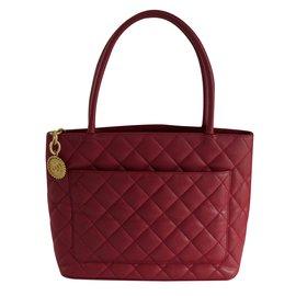 Chanel-Handbag-Pink