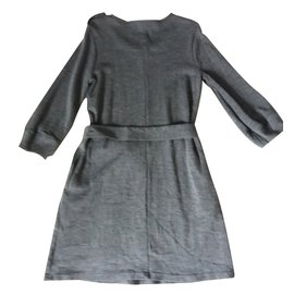 Burberry-Dress-Grey