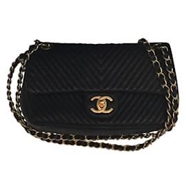Chanel-2.55 CHEVRONS-Black