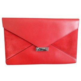 Céline-DIAMOND-Red