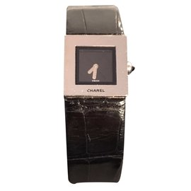 Chanel-Fine watch-Black