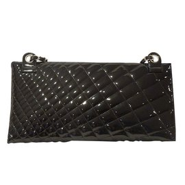 Chanel-Kaleidoscope clutch-Black
