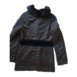 Gucci-Manteau avec col en fourrure-Marron