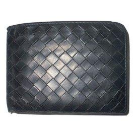 Bottega Veneta-Wallet-Black