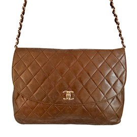 Chanel-Handbag-Brown