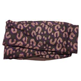 Foulards Louis Vuitton occasion - Joli Closet 9dd85095e43