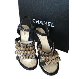 Chanel-2016 Collection-Black