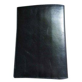 Cartier-Wallet-Black