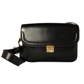 Céline-Handbag-Black