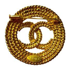Chanel-Brooch-Golden