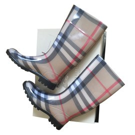 Burberry-Boots-Multiple colors
